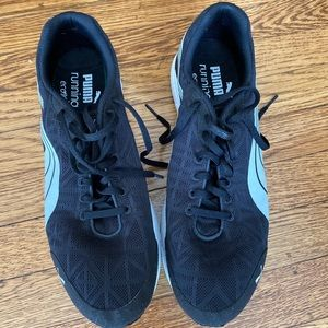 Puma black men running eco ortholite US9